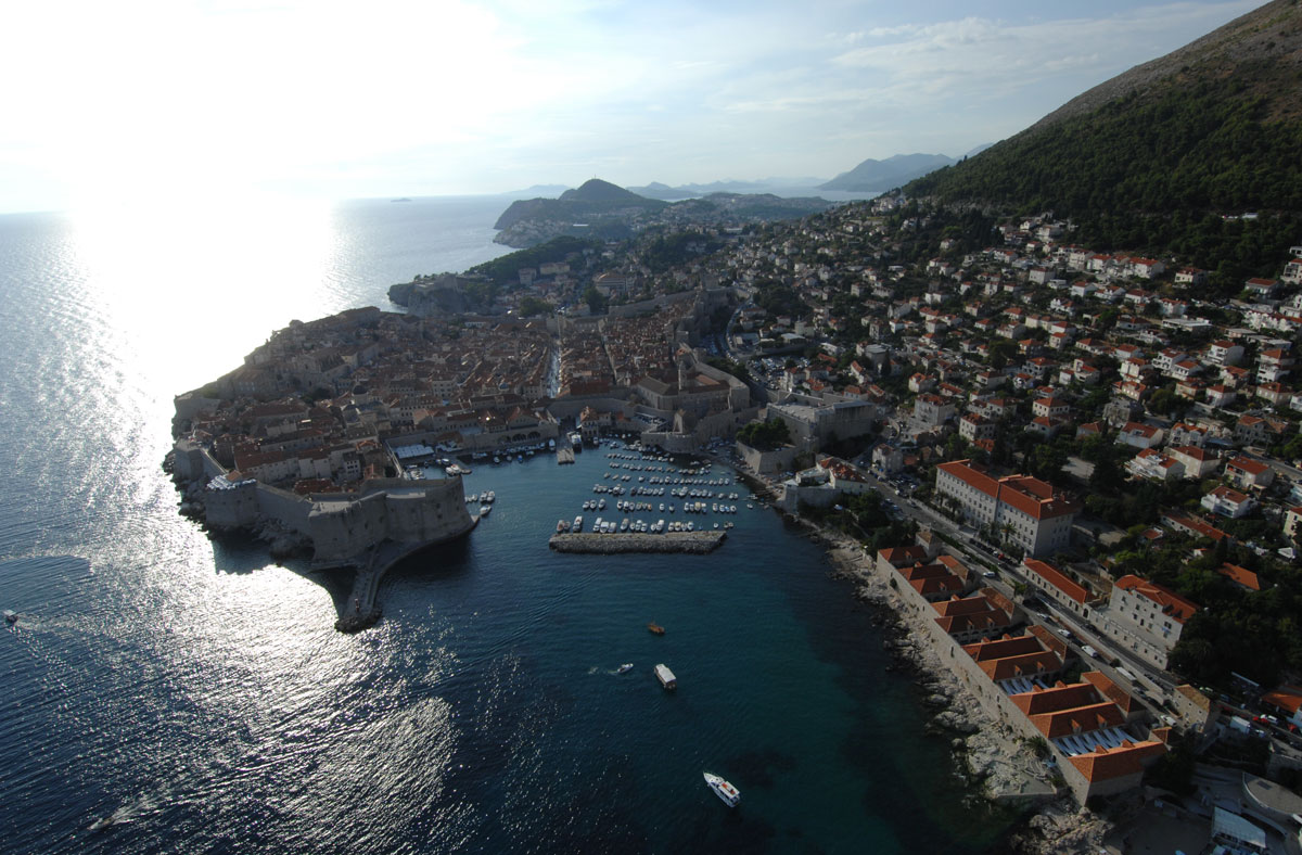 Photo of Dubrovnik has 'top hotels'!