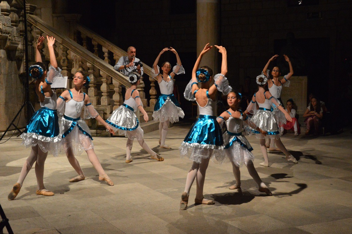 Photo of Photo Gallery: The little ballerinas danced in the Rector's Palace