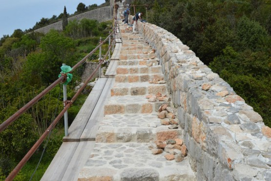 Photo of The Walls of Ston will have stairs again!
