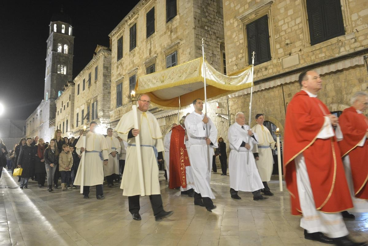 Photo of Tradition and People: Good Friday Procession in Dubrovnik