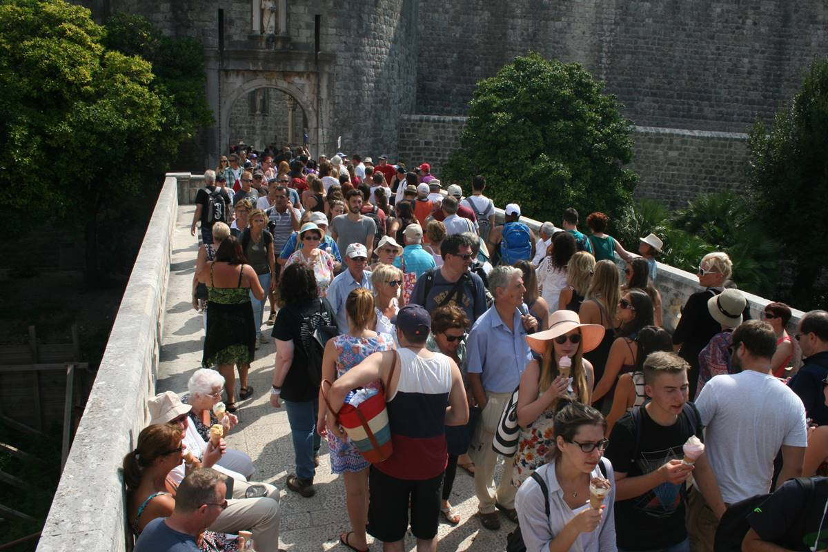 Photo of Photo Gallery: Old Town is Chock Full of Tourists Today
