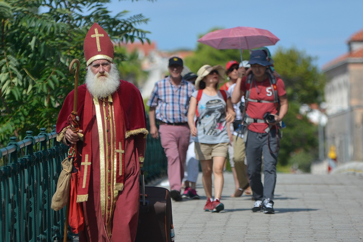 Photo of Early Visit: Saint Nicholas is in Town!