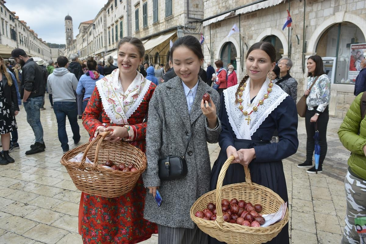 Photo of Video & Photo Gallery: Easter in Dubrovnik