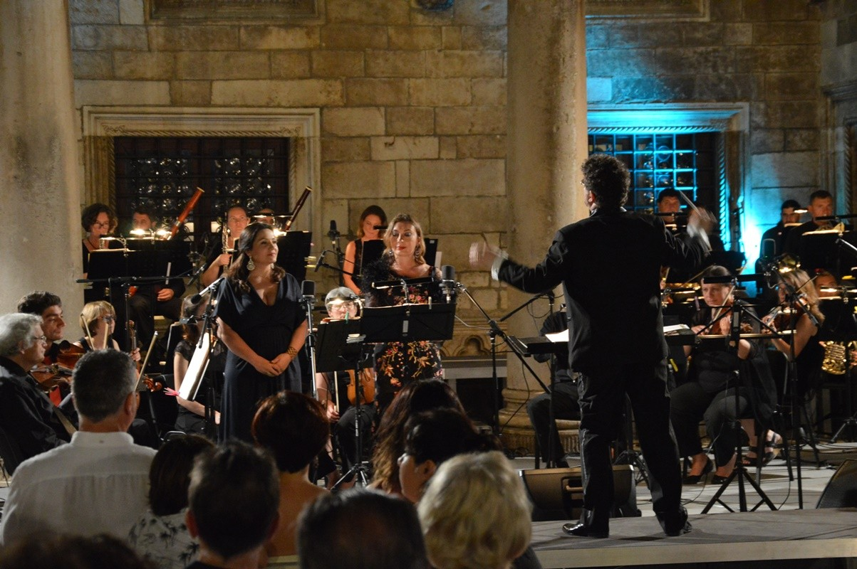 Photo of Photo Gallery: 'Chansons d'Amour' Opened the 'Tino Pattiera' Festival