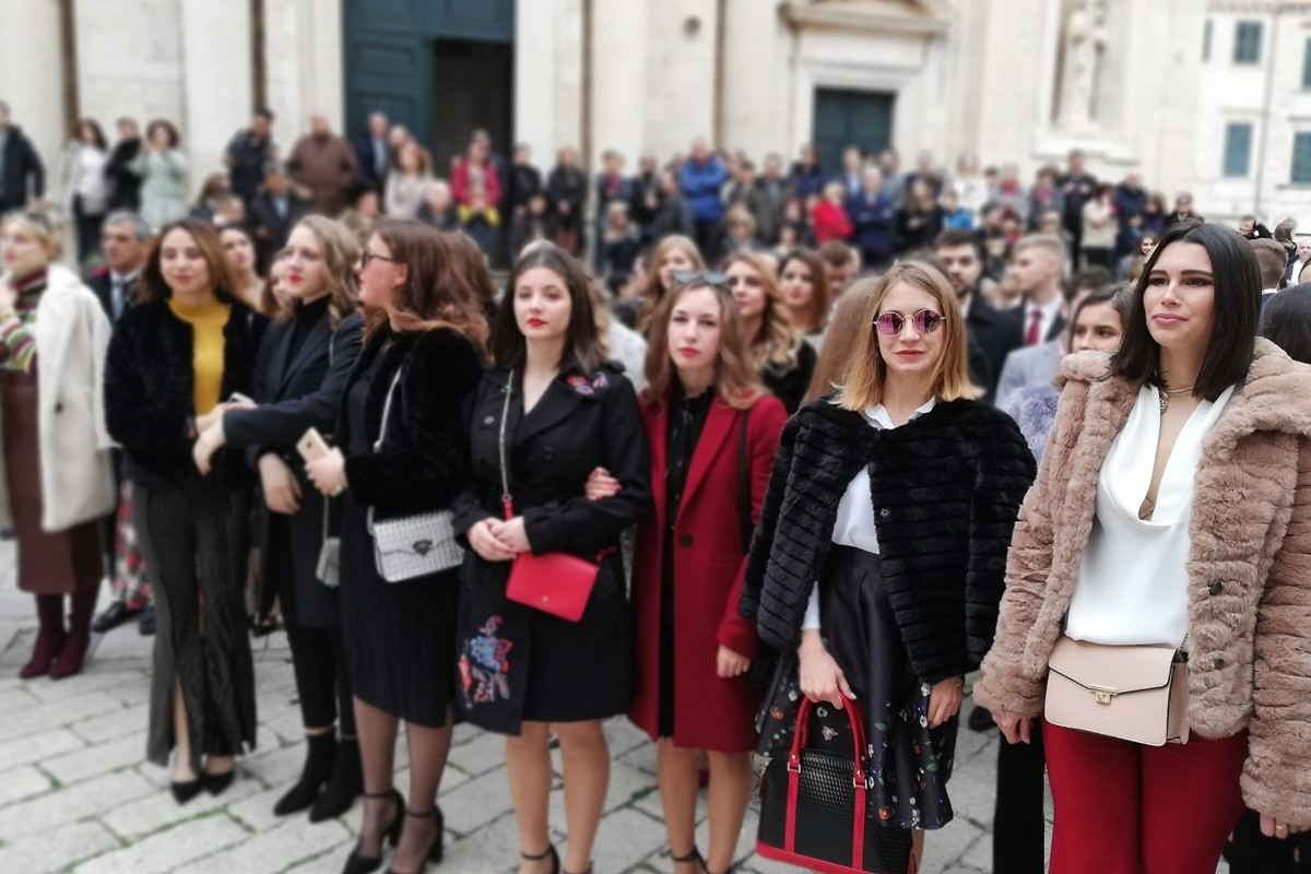 Photo of Video & Photo Gallery: Christmas Tradition in Dubrovnik With Merry Carols