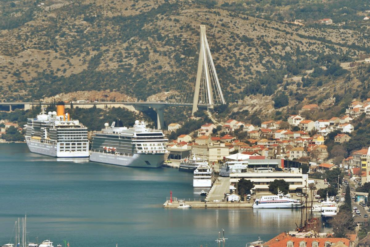 Photo of Air Quality Measuring System Installed by Dubrovnik Port Authority