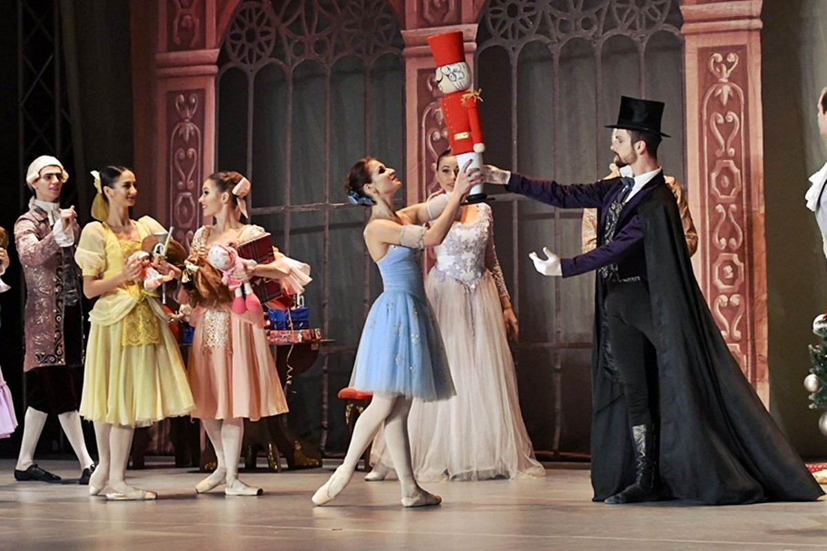 Photo of Photo Gallery: The Nutcracker Story